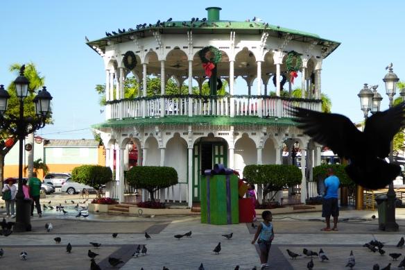 185-PlazaIndependencia.JPG